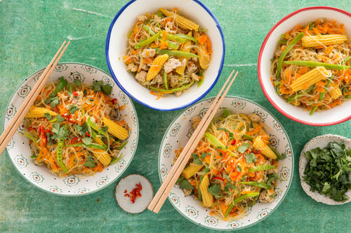 Fragrant Chicken Mince with Vermicelli Noodles, Veggies and Herbs